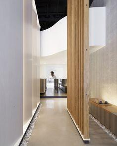 Montalba Architects' Studio Dental II Wins 2019 AIA Institute Honor Award for Interior Architecture - Dezign Ark (Beta) School Architecture, Interior Architecture, Interior Design, Design Interiors, Interior Paint, Brick And Mortar, Health Design, Design Clinique, Bauhaus