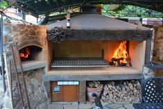 Ulf has built one of the most gorgeous outdoor entertaining areas that we have come across, with a Brick Oven built behind a stone facade, and a custom made Argentinian Grill beside it. Outdoor Kitchen Patio, Outdoor Oven, Outdoor Kitchen Design, Brick Built Bbq, Brick Bbq, Parrilla Interior, Backyard Bbq Pit, Bbq Shed, Fire Pit Cooking