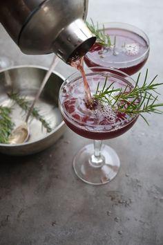 Pomegranate Manhattan is a seasonal twist on a classic cocktail! Find the recipe at Shutterbean.com