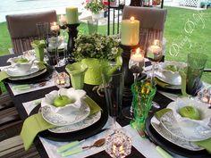 Black, White & Apple Green Tablescape