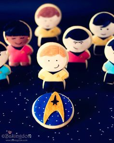 Star Trek character cookies!  I will probably never make these (much to my husband's chagrin), but boy, are they cute!