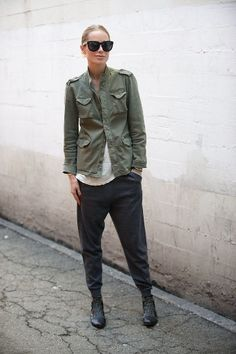 New Trend: Utility Utility: This New Trend gives you a lot of possibilities to look urban chic this spring!Bonus: It´s suitable for men and women! Photo:Pinterest gefunden auf Styletorch