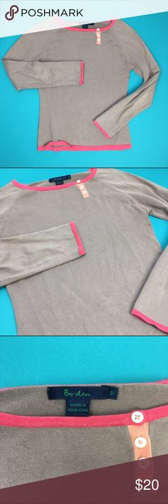 Boden soft thin knitted top Comfy and cozy. The color is best represented on the last picture. I'd say it's a VGUC/GUC just to be safe. Boden Tops Tees - Long Sleeve