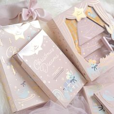 Have Yourself A Pretty In Pink Too Faced Christmas: Holiday Collection 2018 - Love Catherine Beauty Packaging, Cute Packaging, Brand Packaging, Cookie Packaging, Too Faced Christmas, Christmas Holiday, Planners, Cosmetic Design, Girly