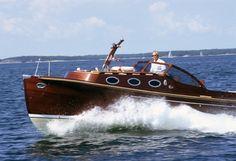 30 Motorbåt Skanholm.jpeg 800×547 pikseliä