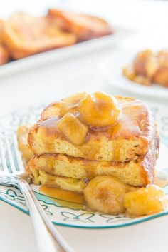 Bananas Foster French Toast is a brunch treat! Bananas Foster sauce takes the place of maple syrup for a dessert and breakfast fusion