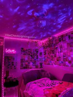 Indie Room Decor, Cute Bedroom Decor, Room Design Bedroom, Room Ideas Bedroom, Bedroom Inspo, Bed Room, Chill Room, Cozy Room, Neon Bedroom