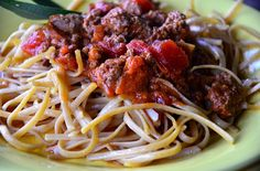 Are you prepared when little ones come for dinner? Try this delicious Slow Cooker Spaghetti Bolognese recipe the next time you're entertaining with kids. And follow my easy entertaining tips!
