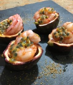 Wine Recipes, Gourmet Recipes, Appetizer Recipes, Cooking Recipes, Tapas, Bistro Food, Best Party Food, Buffet, Seafood Dishes