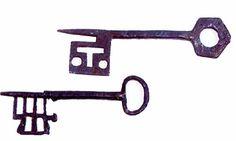 Deux clefs Romano Gothiques - France XIIIe XIVe siècles, Haute Epoque à Tajan   Tajan