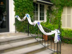 Simple banister decoration for entrance