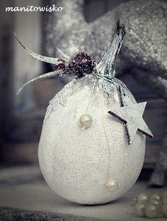 Inspiracje Projektantek Christmas Bulbs, Holiday Decor, Christmas Light Bulbs
