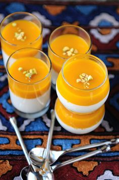 Mango panna cotta with Indian spices