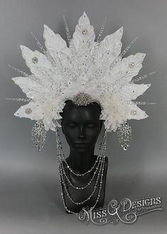 Ice Queen Headdress // Miss G Designs Fantasy Hair, Fantasy Jewelry, Fantasy Makeup, Fairy Makeup, Mermaid Makeup, Makeup Art, Ice Queen Adventure Time, Spider Queen, Snow Fairy