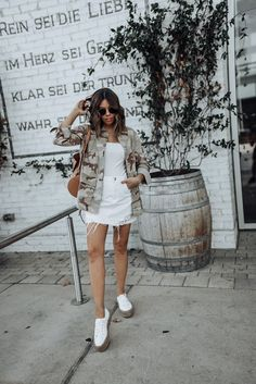 01e46bee18297 45 Best Camo Jacket Outfits images in 2019 | Dressing up, Fashion ...