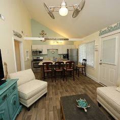 The RatherShacks – Vacation Rental, Lodging Folly Beach – Because you'd RATHER be here than anywhere else!