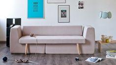 Sofista: varios muebles en uno. SOFISTA es un mueble pensado para ahorrar espacio. Cuando todas sus piezas están unidas, funciona como un sofá de tres plazas. Cada reposabrazo es también el respaldo de un sillón. Está fabricado en madera, poliuretano, y tapizado con una funda de material textil 100% reciclado. De Fabrizio Simonetti.  #Muebles