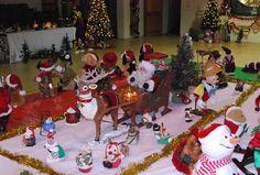 Santa's sleigh Santa Sleigh, Elf On The Shelf, Christmas Ornaments, Holiday Decor, Home Decor, Christmas Ornament, Interior Design, Home Interior Design, Christmas Topiary