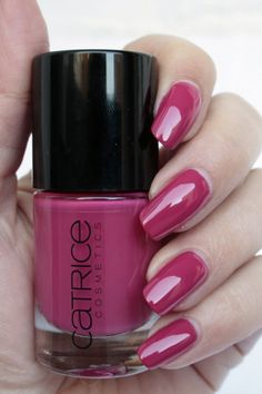 Catrice SpectaculART C03 Revel the Red Ultimate Nail Lacquers | iOnTrend