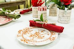 DIY Christmas Vases -- This is simply lovely! I love the carols theme. It presents all kinds of possibilities too, like plaques and other decorations. Diy Christmas Vases, Christmas Lights Garland, Christmas Table Settings, Christmas Ornaments To Make, Christmas Countdown, Christmas Holidays, Christmas Crafts, Christmas Stuff, Christmas Christmas