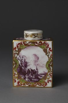 Tea caddy and cover    Place of origin:  Meissen, Germany (made)    Date:  ca. 1730 (made)    Artist/Maker:  Meissen porcelain factory (manufacturer)    Materials and Techniques:  Hard-paste porcelain, painted in enamels and gilt