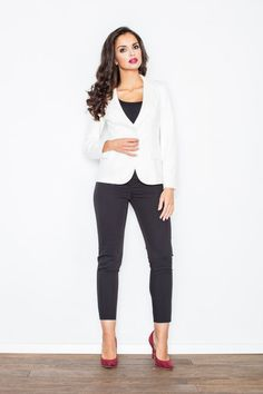 Elegant jacket with long sleeves and fitted waistline. A model with classic collar and two buttons. Material: Viscose Elastane Lining : Polye. Fashion Addict, Outfit Of The Day, Blazers, Street Wear, Street Style, Chic, Stylish, Sweaters, Cardigans