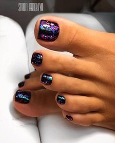 35 Adorable Summer Toe Nail Art Inspirations to Let the Summer Fun Begin – Tips For Organizing Your Dog Supplies Toe Nail Color, Toe Nail Art, Nail Colors, Orange Nail Art, Orange Nails, Pedicure Colors, Manicure And Pedicure, Summer Pedicure Designs, Cute Toe Nails