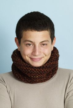 Forest Canopy Cowl in Lion Brand Wool-Ease Thick & Quick - L0540. Discover more Patterns by Lion Brand at LoveKnitting. The world's largest range of knitting supplies - we stock patterns, yarn, needles and books from all of your favorite brands.