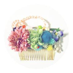 お花の櫛かんざしです。和装におすすめです。普段使いも○。|ハンドメイド、手作り、手仕事品の通販・販売・購入ならCreema。