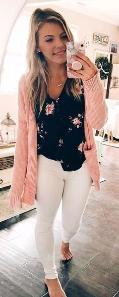 Impressive Black And White Summer Outfit Ideas 2018 25