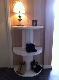 Cheap and simple shelf to put shoes on!