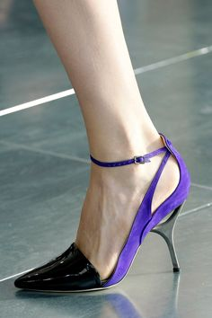 Antonio Berardi Fall 2013 RTW - Details - Fashion Week - Runway, Fashion Shows and Collections - Vogue