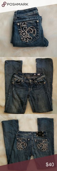 """Miss Me boot cut jeans So cute Miss Me boot cut jeans. A little wear on bottoms only at the back. No other flaws.  Inseam 32"""" Miss Me Jeans Boot Cut"""