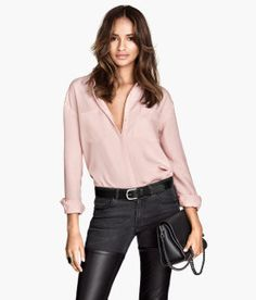 Love this soft pink blouse from H&M. #Sarnia #LambtonMall