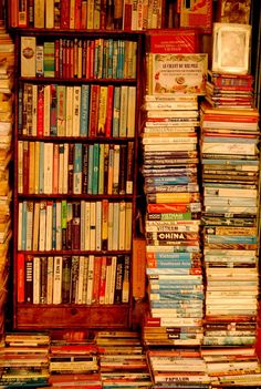 Browsing Photography on deviantART I Love Books, Books To Read, My Books, Sell Books, Reading Books, Nostalgia, Home Libraries, Library Design, Book Nooks