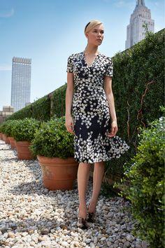 Carolina Herrera Resort 2014 Collection Slideshow on Style.com