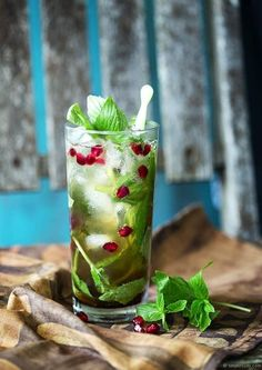 This vodka-spiked iced tea with chai tea, ginger beer, mint, and pomegranate molasses is a refreshing drink inspired by the Turkish coastal town of Izmir. Refreshing Drinks, Fun Drinks, Yummy Drinks, Alcoholic Drinks, Beverages, Iced Tea Vodka, Iced Tea Cocktails, Holiday Cocktails, Holiday Parties