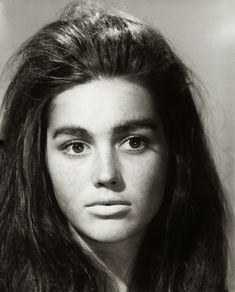 Linda Harrison (Nova) - Planet of the Apes and Beneath the Planet of the Apes Classic Sci Fi, Classic Films, Classic Actresses, Beautiful Actresses, Linda Harrison, Actrices Hollywood, Planet Of The Apes, Miss America, Cinema Movies