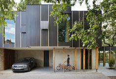 Casa in legno ecologica autocostruita da Jake Edgley a Londra - Elle Decor…