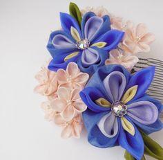 Large Bunch of Iris and Peach Sakura Tsumami por HanamiGallery