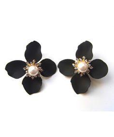 amplis/アンプリス/swarovski flower [スワロフスキーフラワー/ピアス](ピアス(両耳用))|amplis(アンプリス)のファッション通販 - ZOZOTOWN