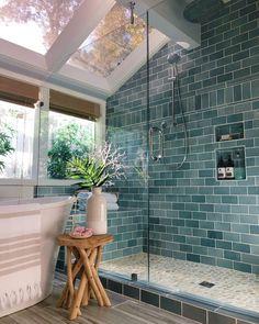 Bathroom Colors, House Inspiration, Home Interior Design, Cheap Home Decor, House Design, Bathroom Interior, Beautiful Bathrooms, Eclectic Home, House Interior