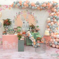 Encanto de festa com o tema Sereia! Easter Birthday Party, 1st Birthday Party Themes, Donut Birthday Parties, Baby Birthday Cakes, Bunny Birthday, 1st Birthday Girls, Birthday Decorations, Baby Party, Baby Shower Parties