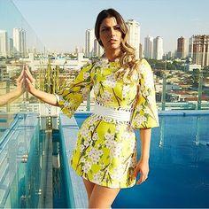 Boooom dia girlsss! Vestidos Skazi só aqui na Queen 21  lindos demais! #moda #look #luxo #lookoftheday #skazi #sol #sóvem #summer #skazimoda #queen21 #queen21blog #queen21loja
