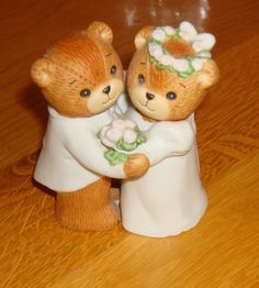 Lucy n Me bears for wedding gift or shower gift/cake topper $12.00