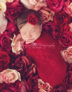 Small red flower headbands NewbornHeadbands por BambaroosBoutique, $7.50                                                                                                                                                                                 Más