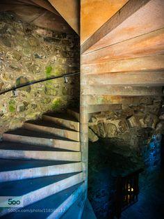 Winding staricase - Pinned by Mak Khalaf Winding staircase inside Huntly Castle in Aberdeenshire Scotland. Travel aberdeenshirearchitecturecastleeuropehuntlymedievaloldscotlandstaircasestonetexturetourismtravelukunited kingdomwinding stairs by AndrewMacDonald4