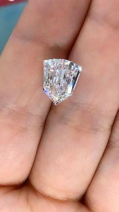 Gem And Jewelry Show, Gems Jewelry, Fine Jewelry, Diamond Rings, Diamond Jewelry, Buy Loose Diamonds, Diamond Sale, Vintage Wedding Jewelry, Silver Jewellery Indian