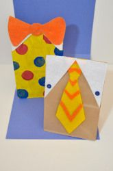 T-shirt paper bags. Love this for #FathersDay or any day.
