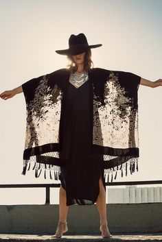 ☆  Kelley Ash byGraham DunnforKite & Butterfly